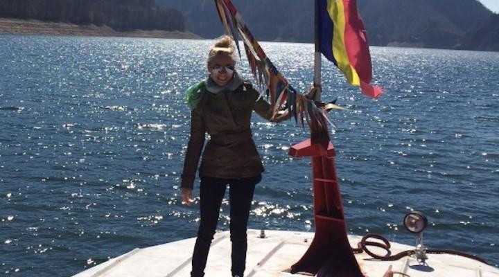 Romania: Lacul Vidraru (Valea cu Pesti)