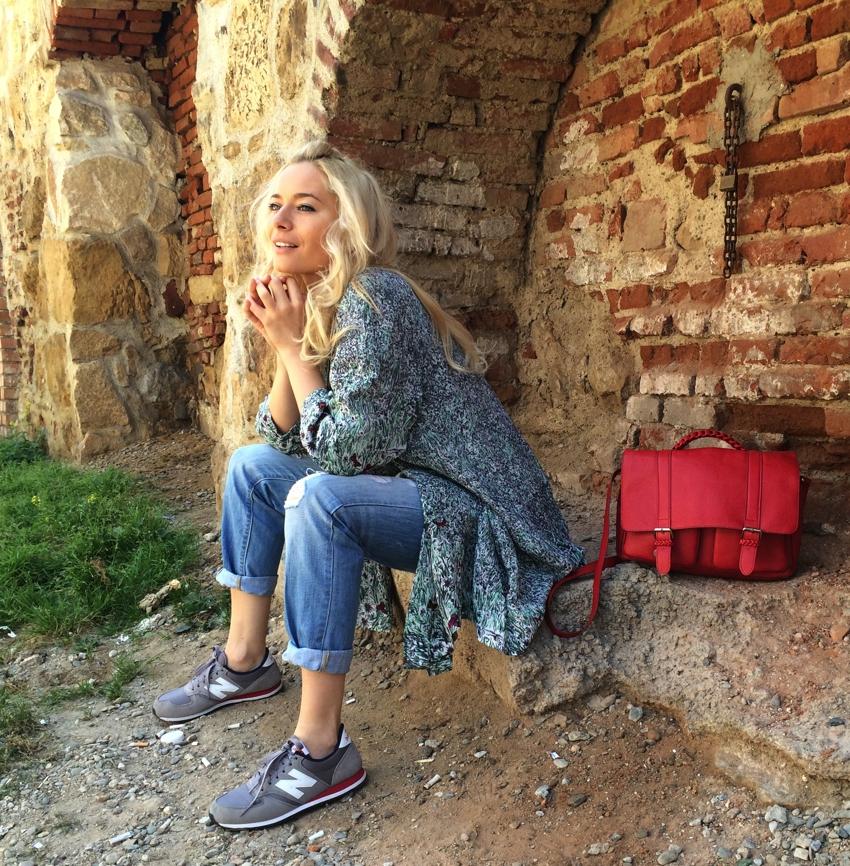 Laura Cosoi Fashion-12
