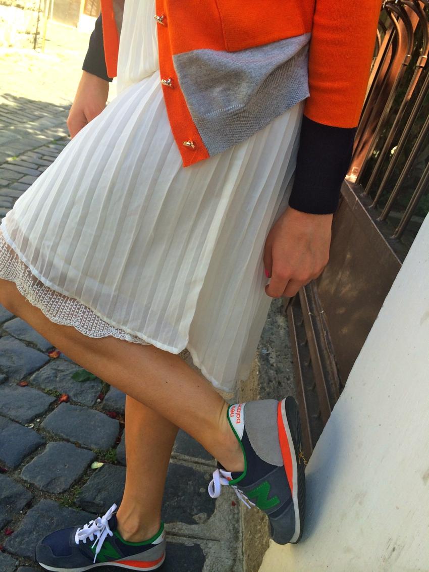 Laura Cosoi Fashion-23