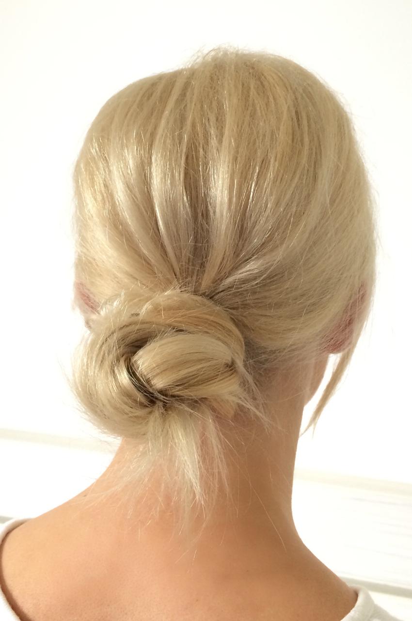 Laura Cosoi Hair Tutorial-13