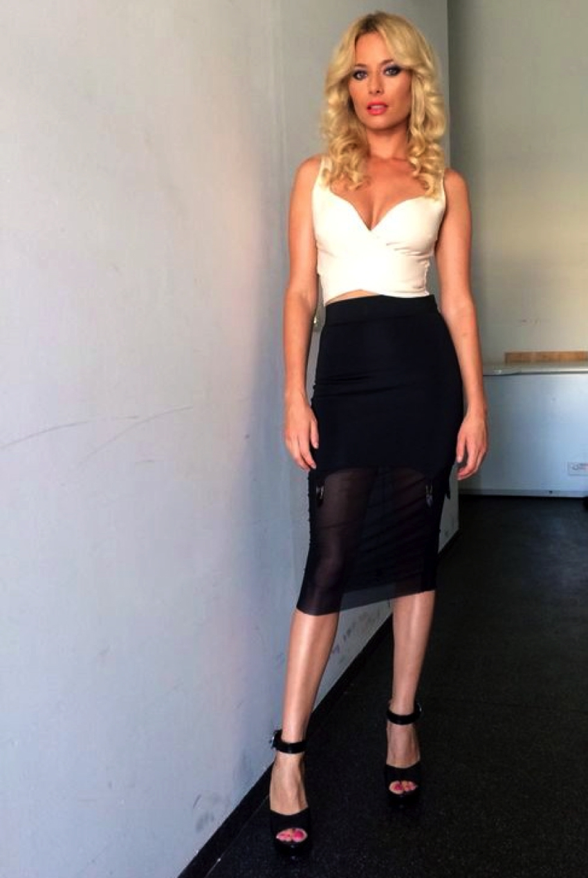Laura Cosoi Traieste-ti Vara Outfits-12