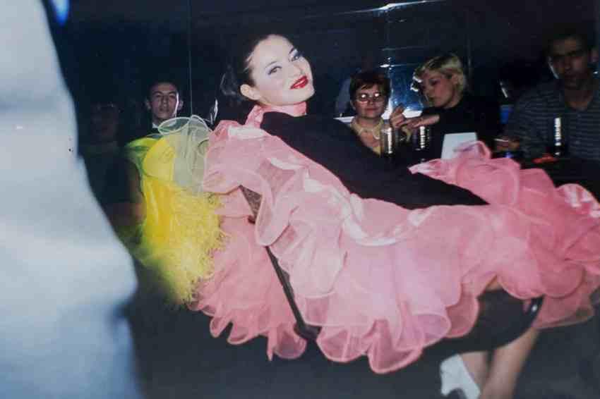 Laura Cosoi Dans-06