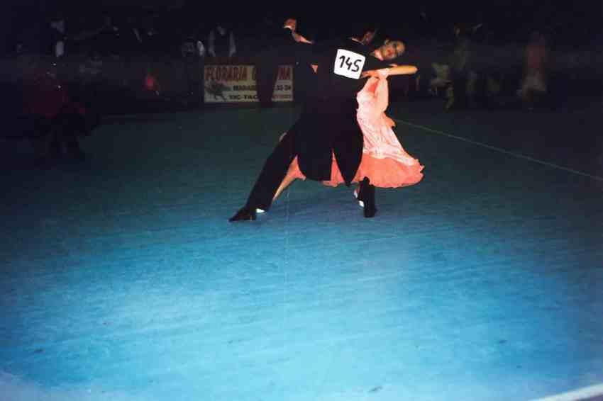 Laura Cosoi Dans-11