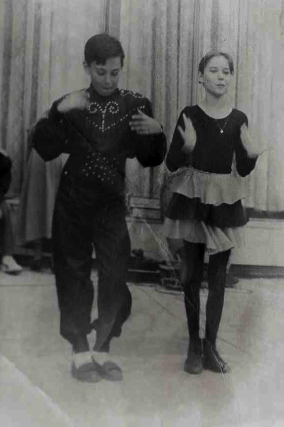 Laura Cosoi Dans-21