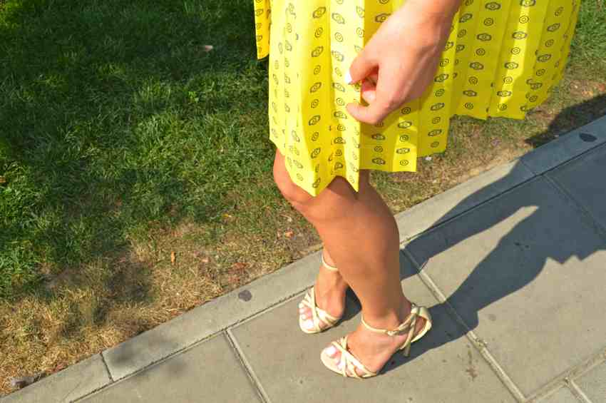 Laura Cosoi Outfit-14