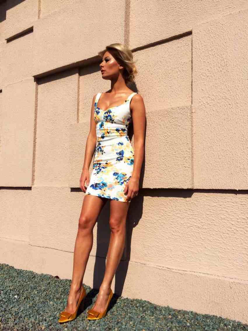 Laura Cosoi Traieste-ti Vara outfits-10