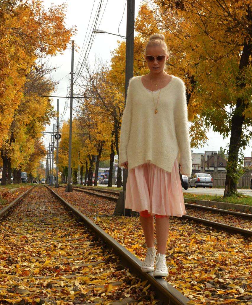Laura Cosoi Fashion-02