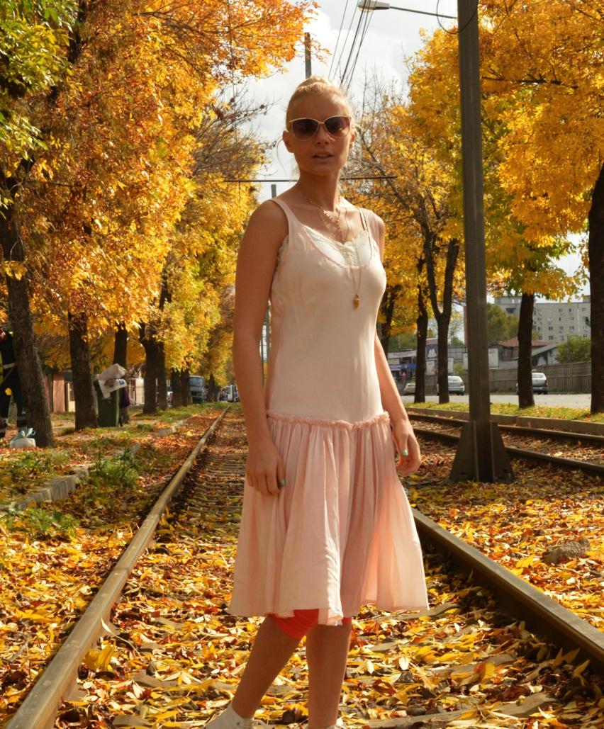 Laura Cosoi Fashion-05