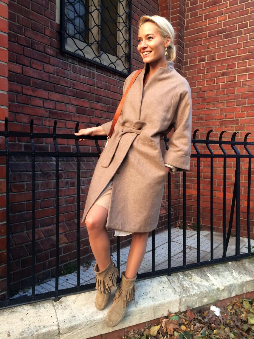Laura Cosoi Fashion-15