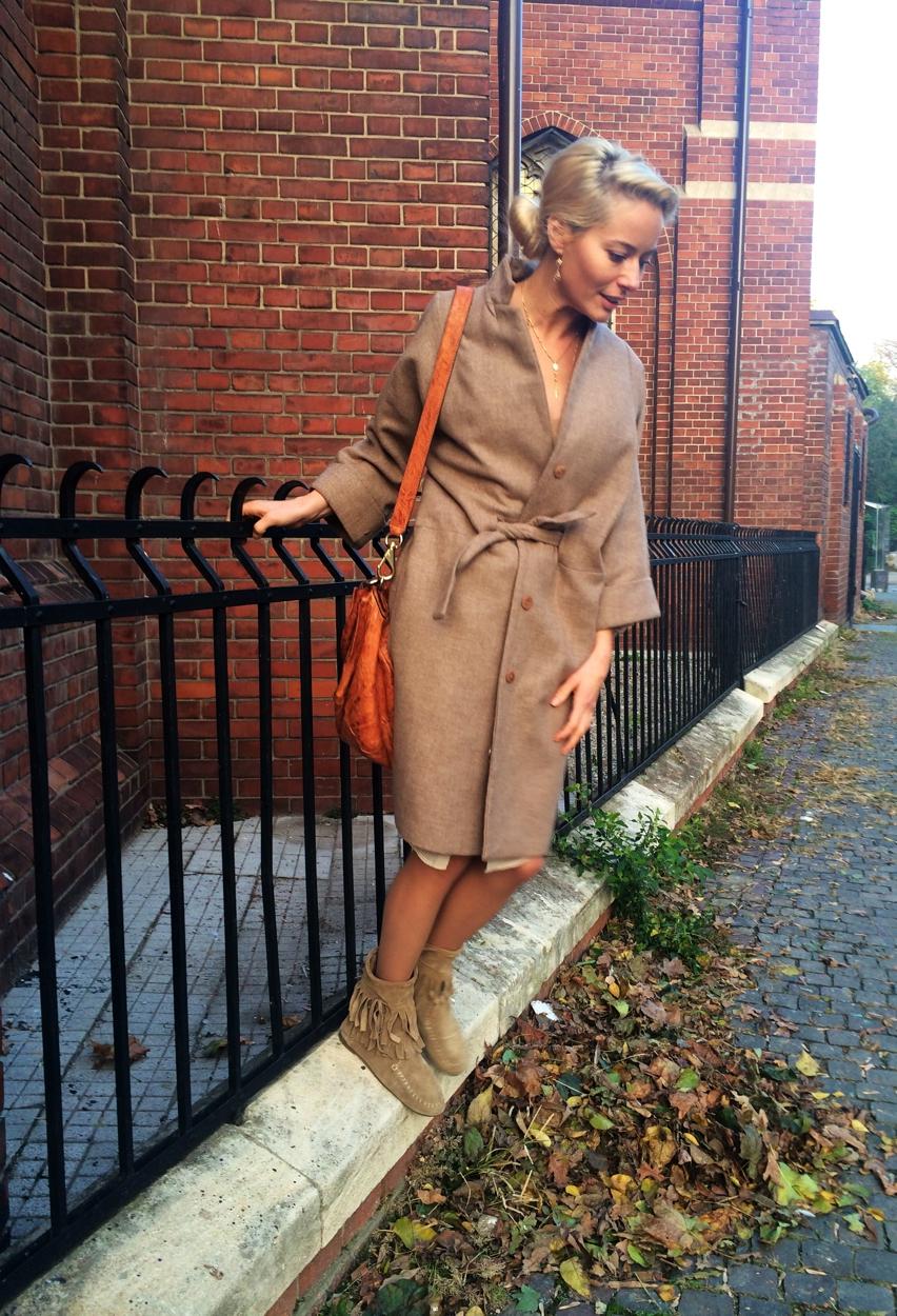 Laura Cosoi Fashion-19