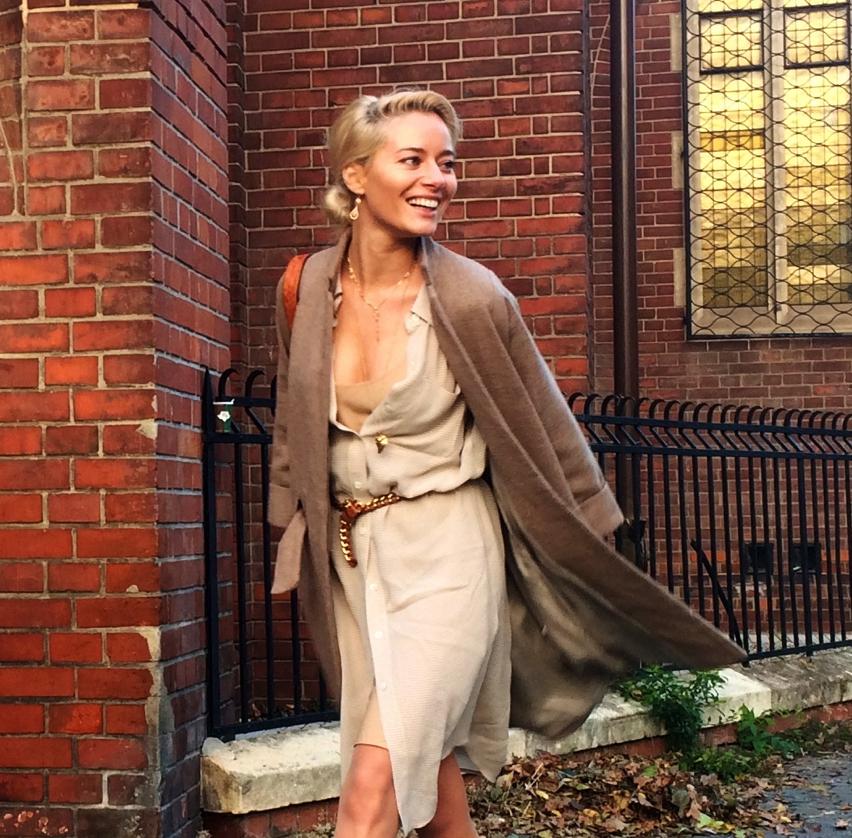 Laura Cosoi Fashion-24