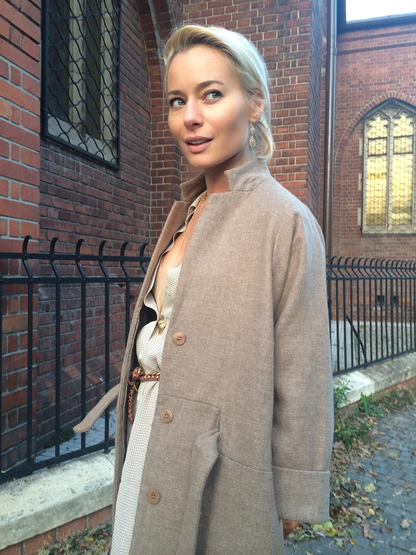 Laura Cosoi Fashion-46