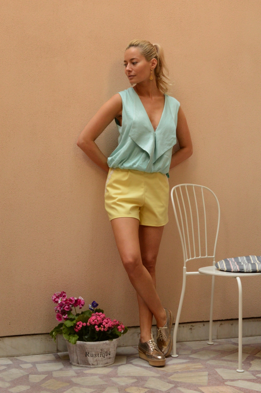 Laura Cosoi  Outfits 2014-12