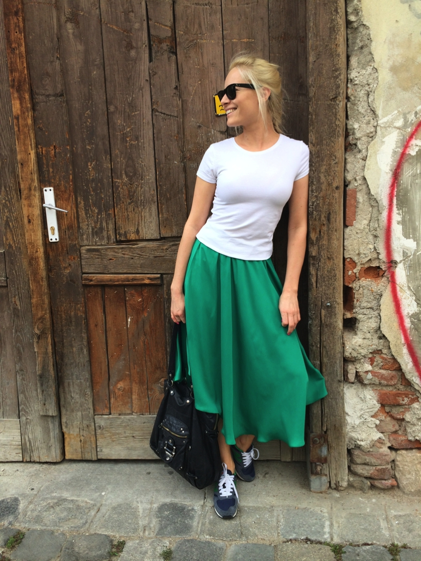Laura Cosoi  Outfits 2014-30