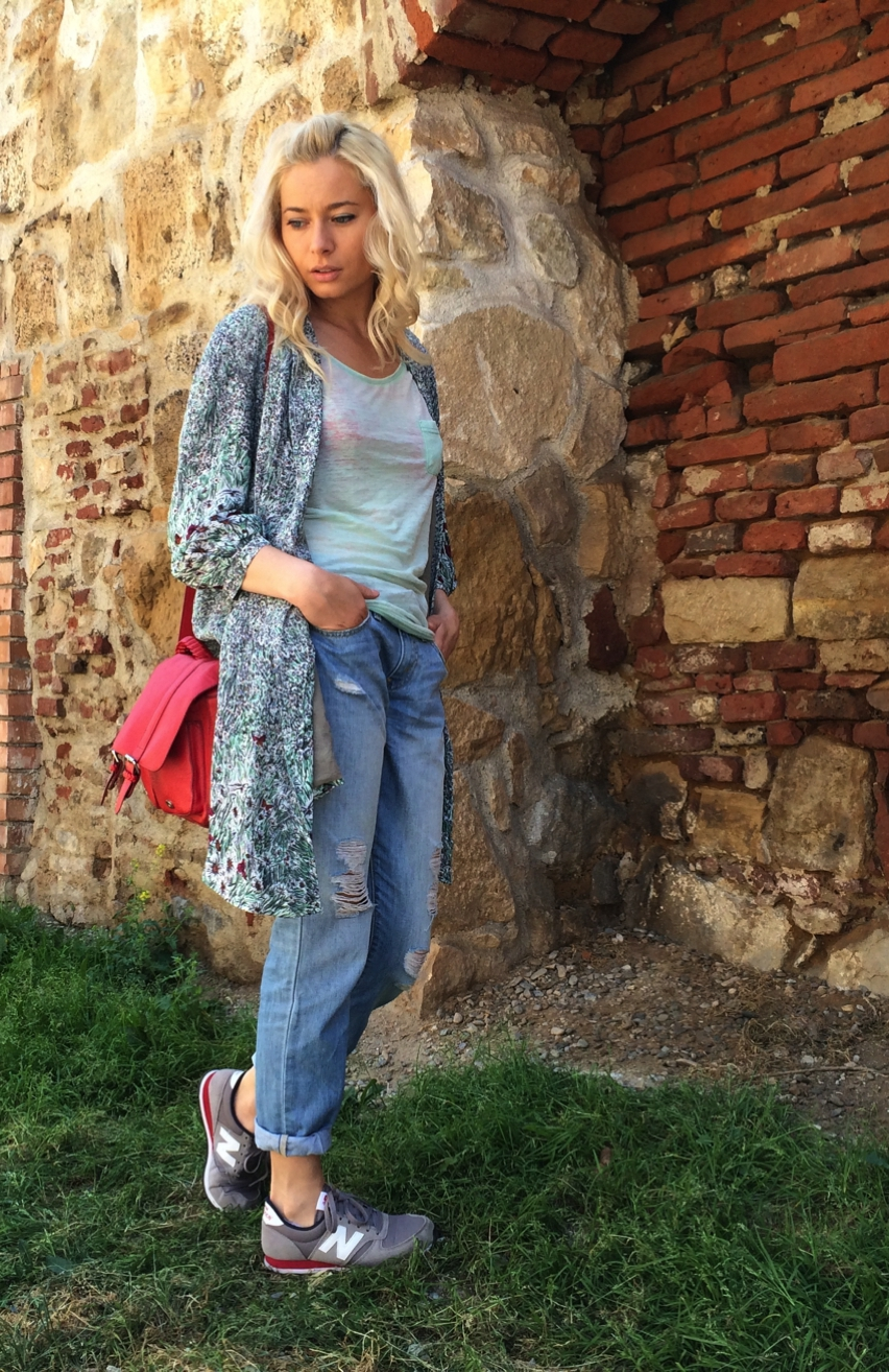 Laura Cosoi  Outfits 2014-31