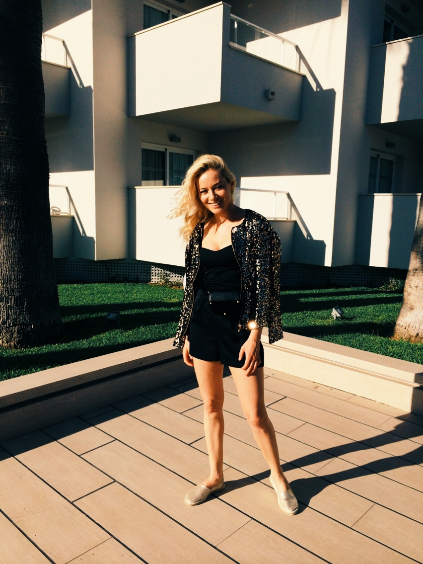 Laura Cosoi  Outfits 2014-36