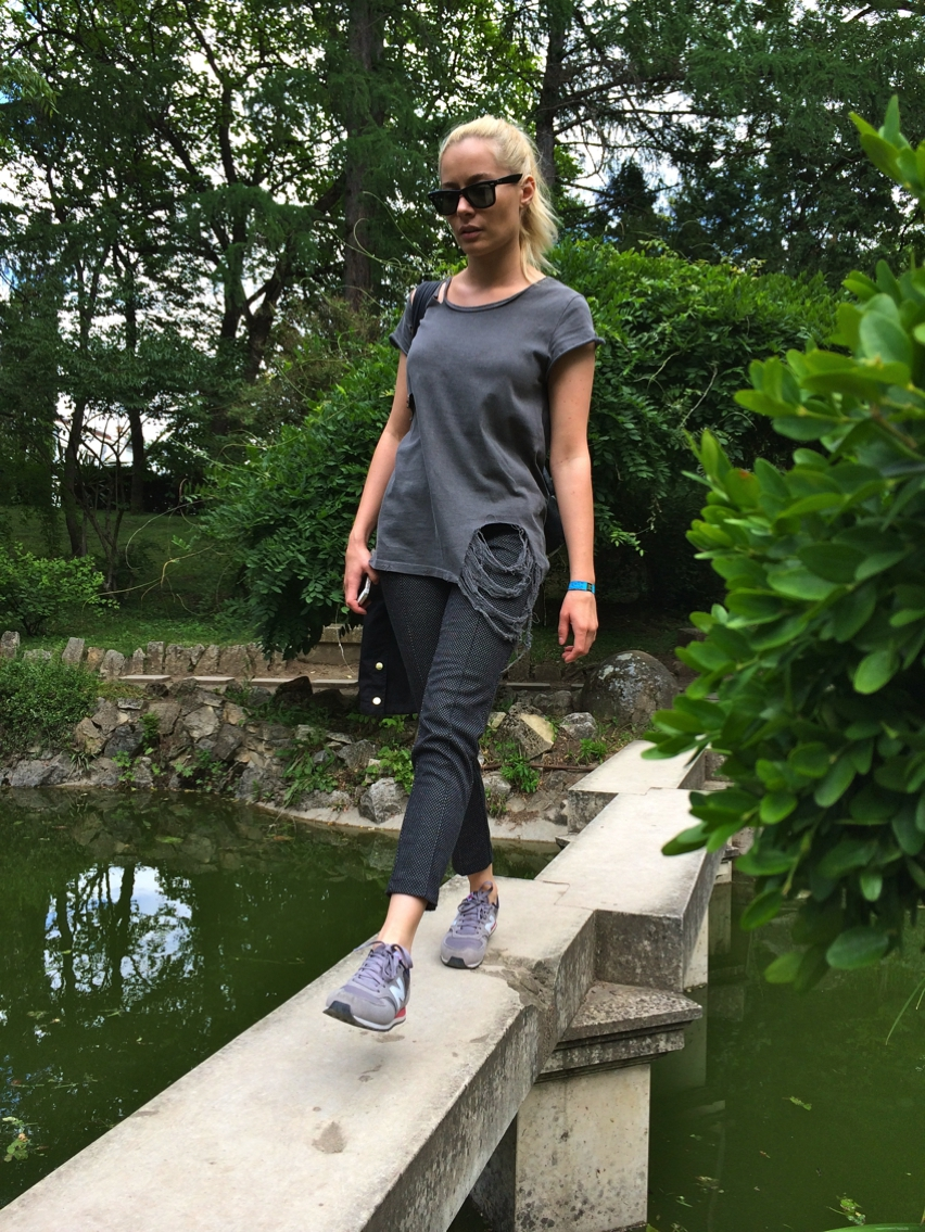 Laura Cosoi  Outfits 2014-45