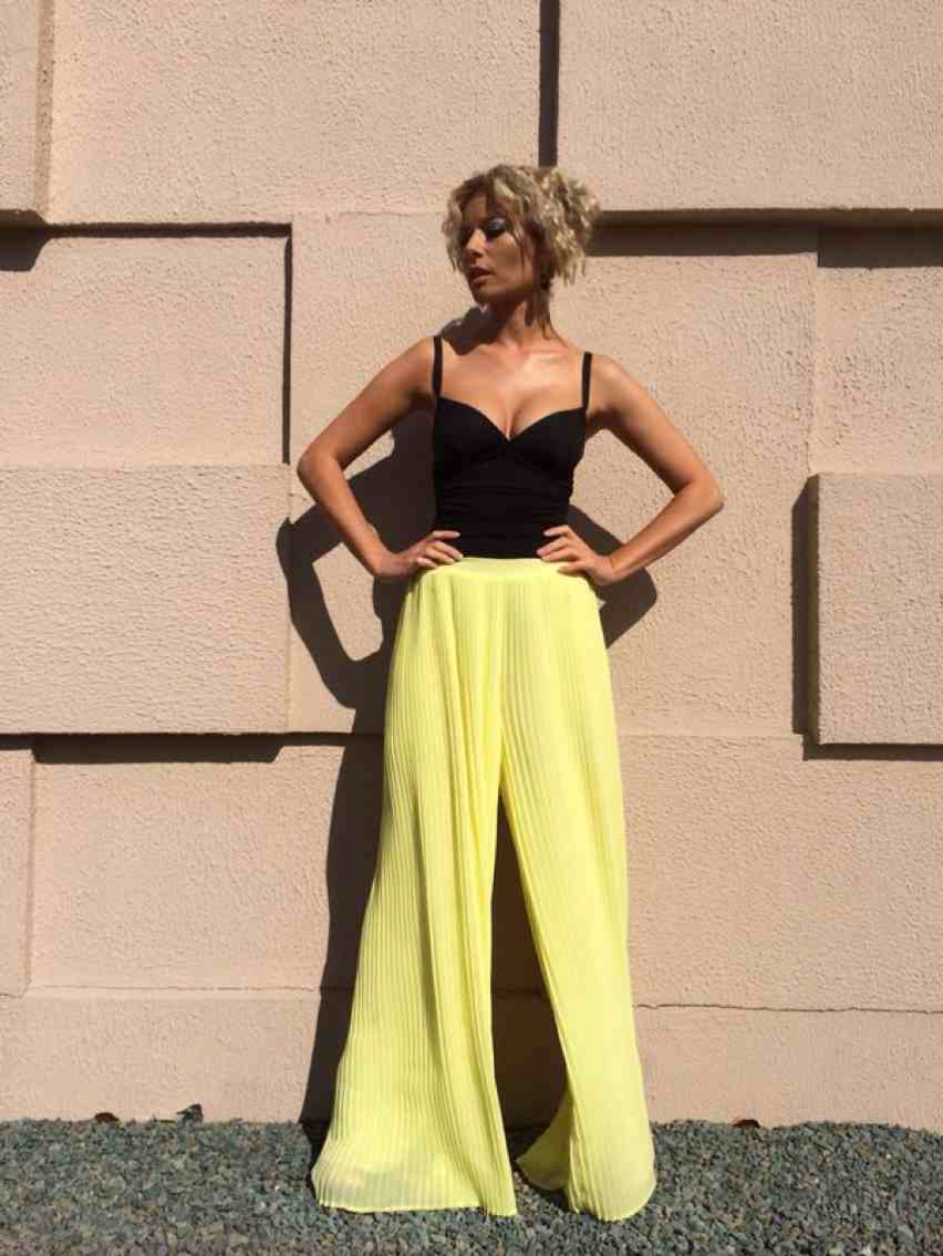 Laura Cosoi  Outfits 2014-59