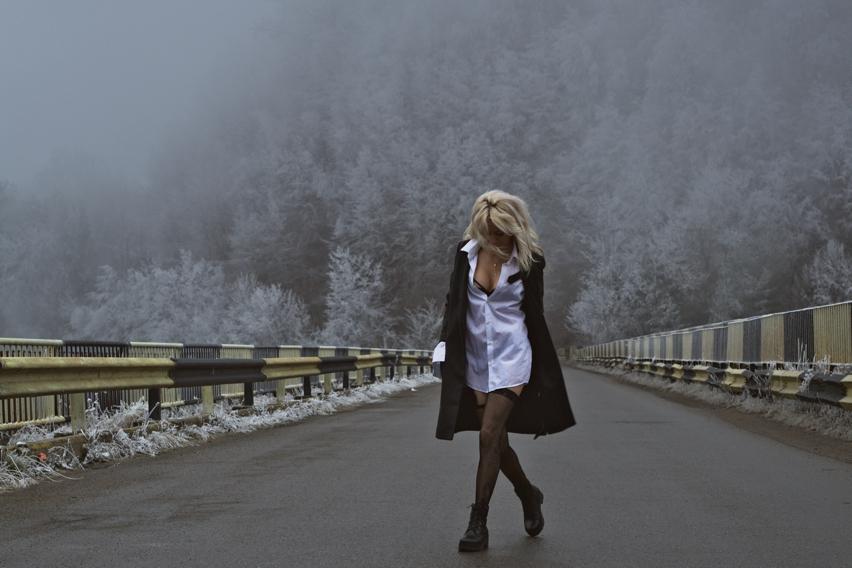 Laura Cosoi  Valea Doftanei-05