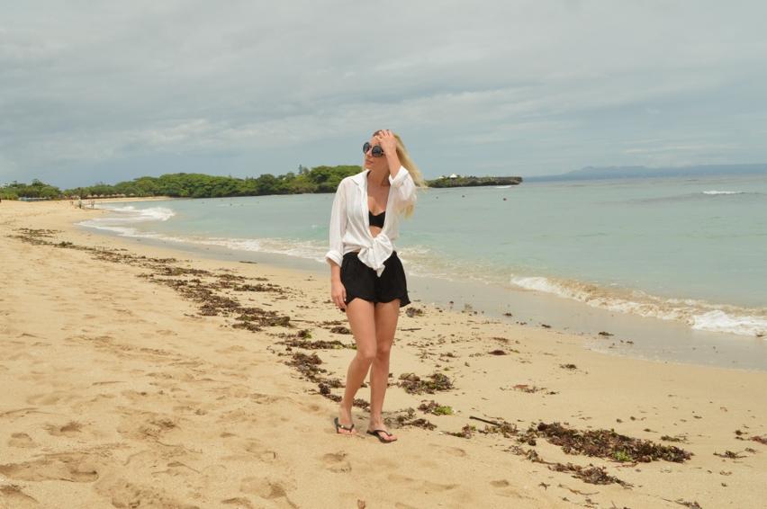 Laura Cosoi  Bali-000