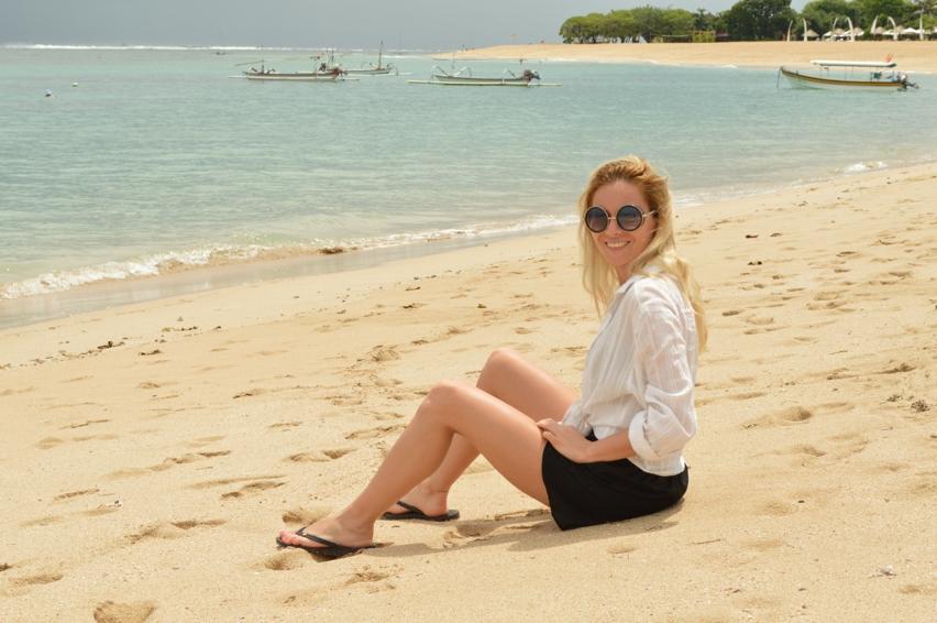 Laura Cosoi  Bali-001