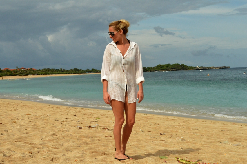 Laura Cosoi  Bali-007