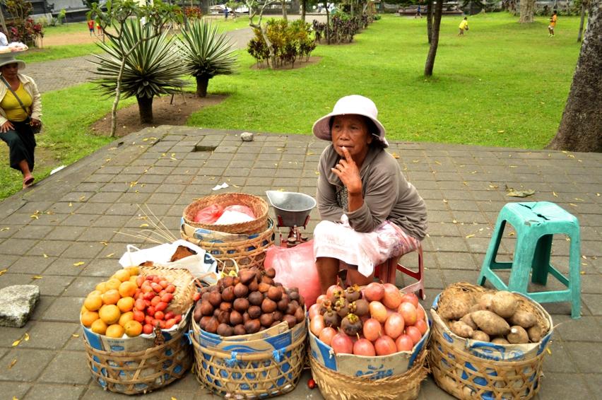 Laura Cosoi  Bali-03
