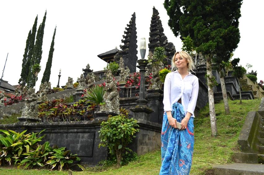 Laura Cosoi  Bali-06