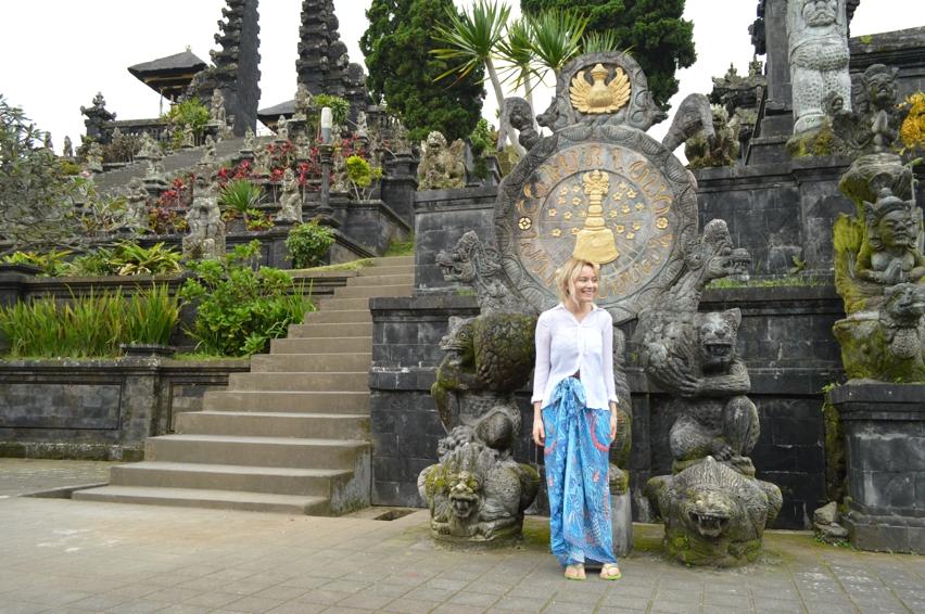 Laura Cosoi  Bali-07