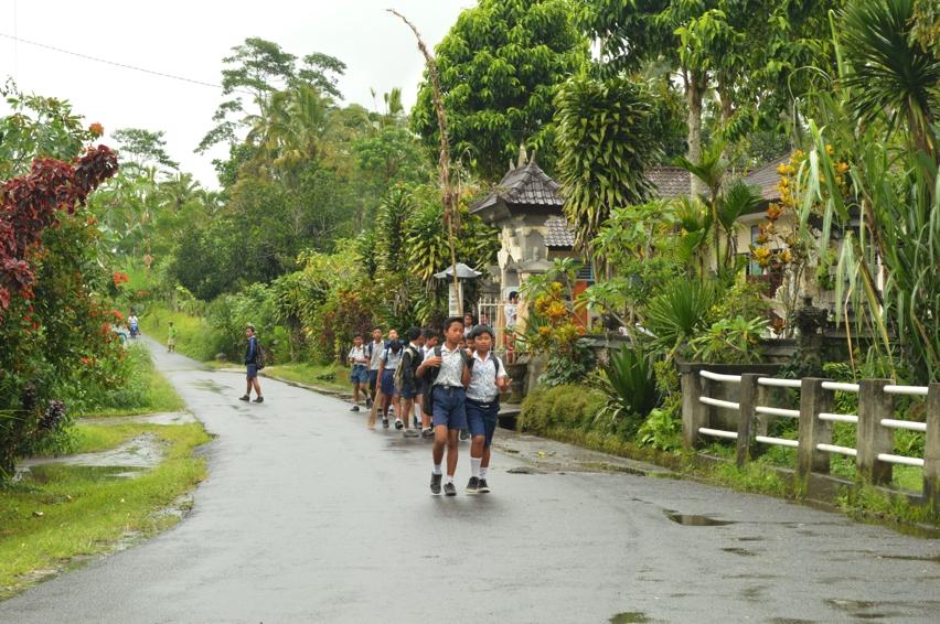 Laura Cosoi  Bali-11