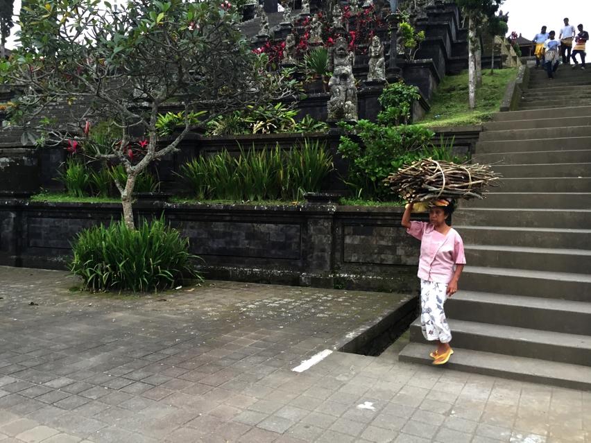 Laura Cosoi  Bali-14