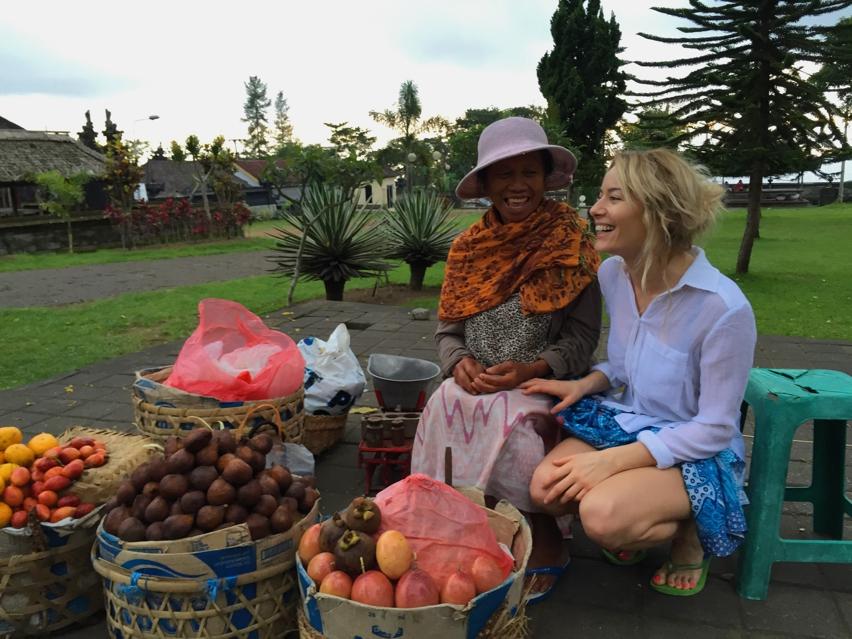 Laura Cosoi  Bali-21