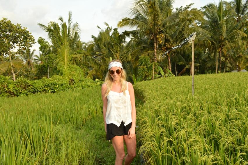 Laura Cosoi  Bali-23