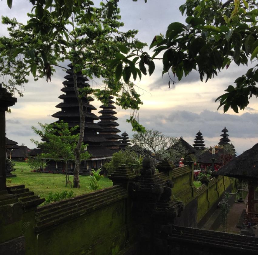 Laura Cosoi  Bali-25