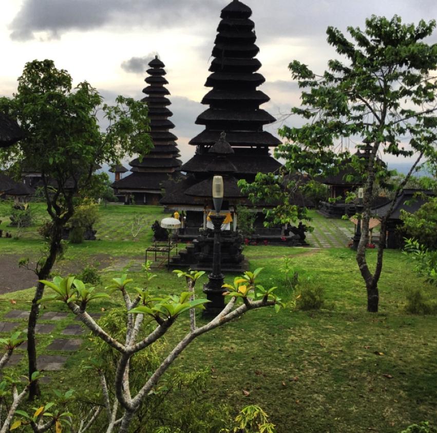 Laura Cosoi  Bali-31