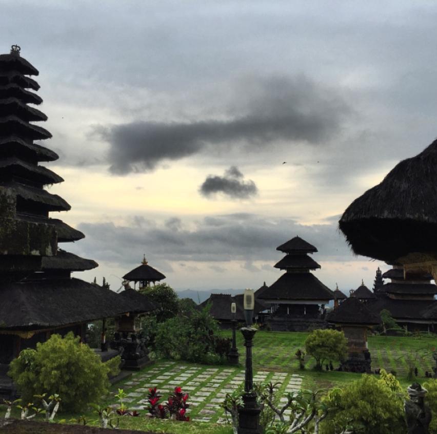 Laura Cosoi  Bali-32