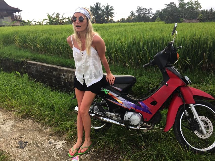 Laura Cosoi  Bali-40