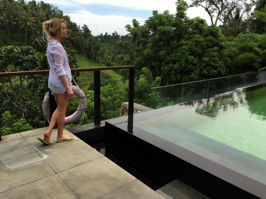 Laura Cosoi  Bali-63