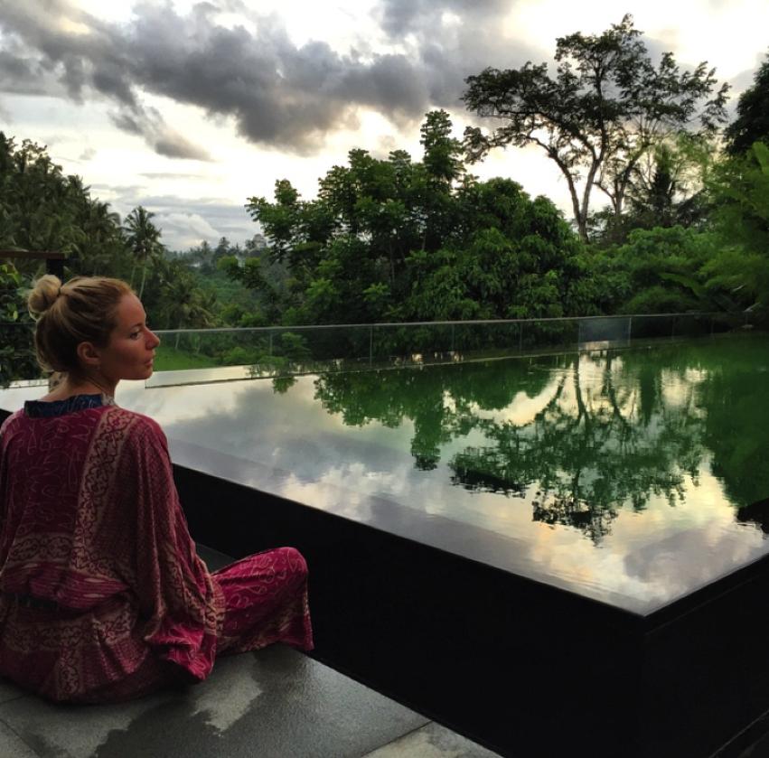 Laura Cosoi  Bali-76