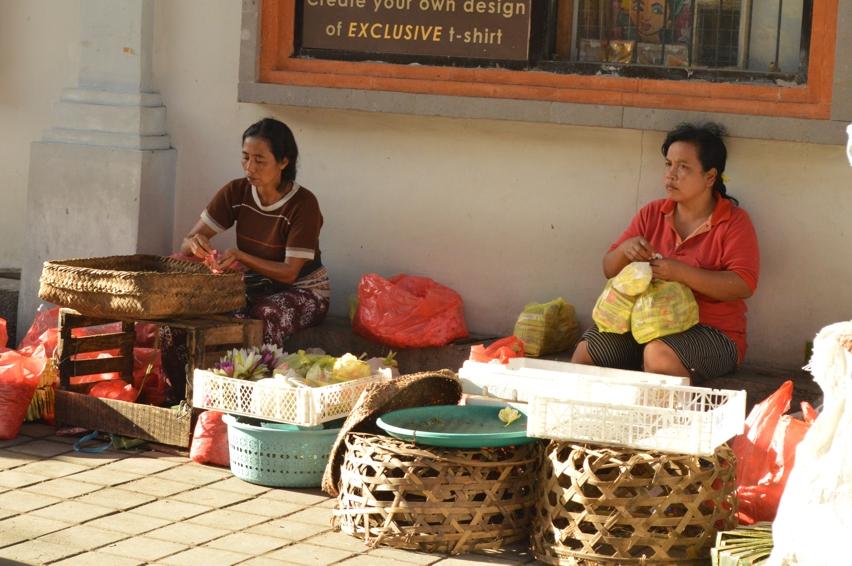 Laura Cosoi  Bali Piata-01