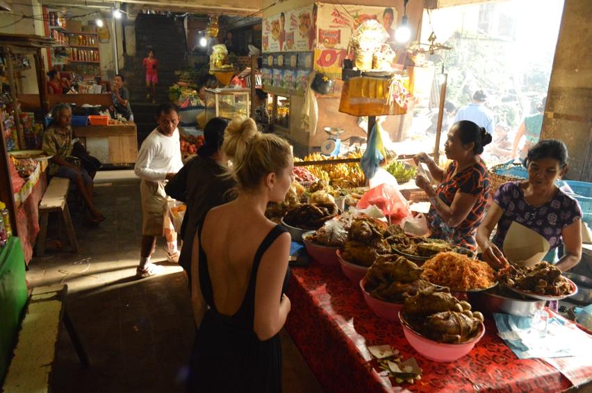 Laura Cosoi  Bali Piata-16