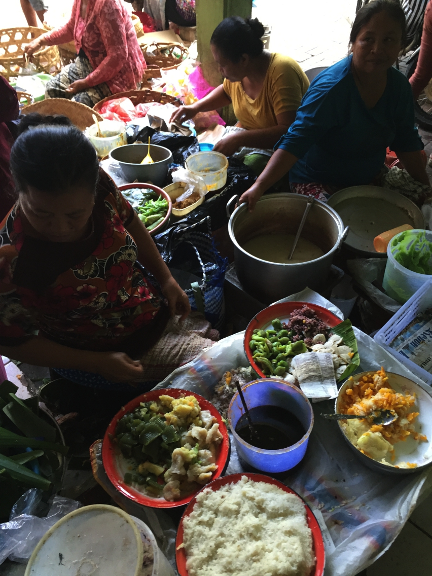 Laura Cosoi  Bali Piata-54