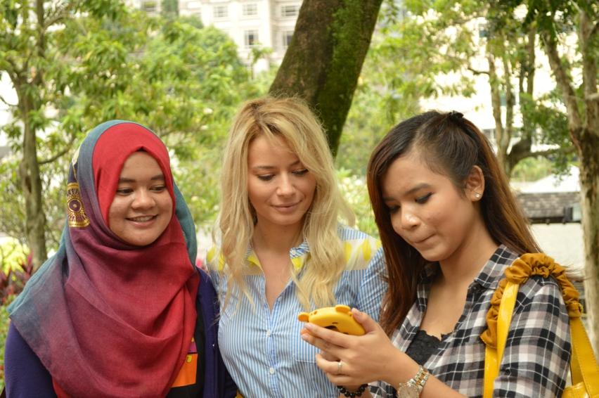 Laura Cosoi  Kuala Lumpur-23