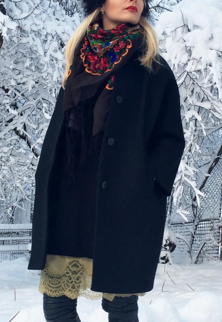 Laura Cosoi  fashion-06