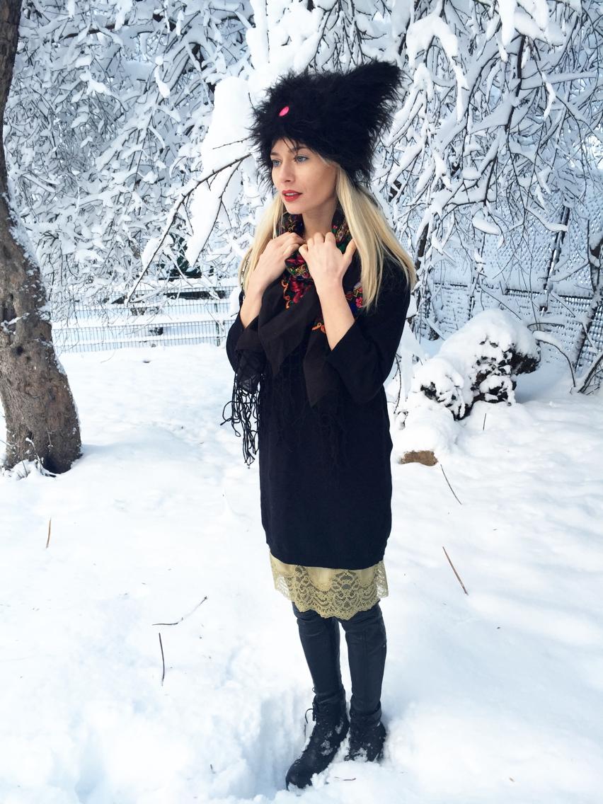 Laura Cosoi  fashion-21