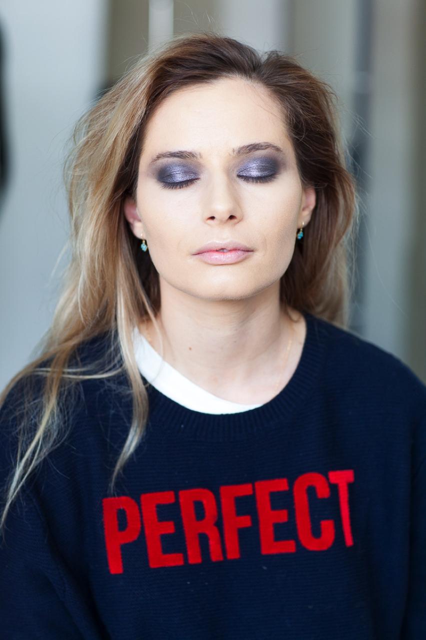 Laura Cosoi Make up tutorial-14