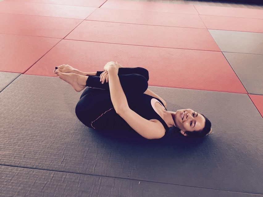 Laura Cosoi sport-02