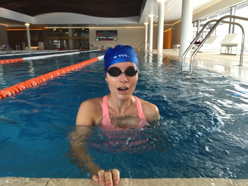 Laura Cosoi sport-17