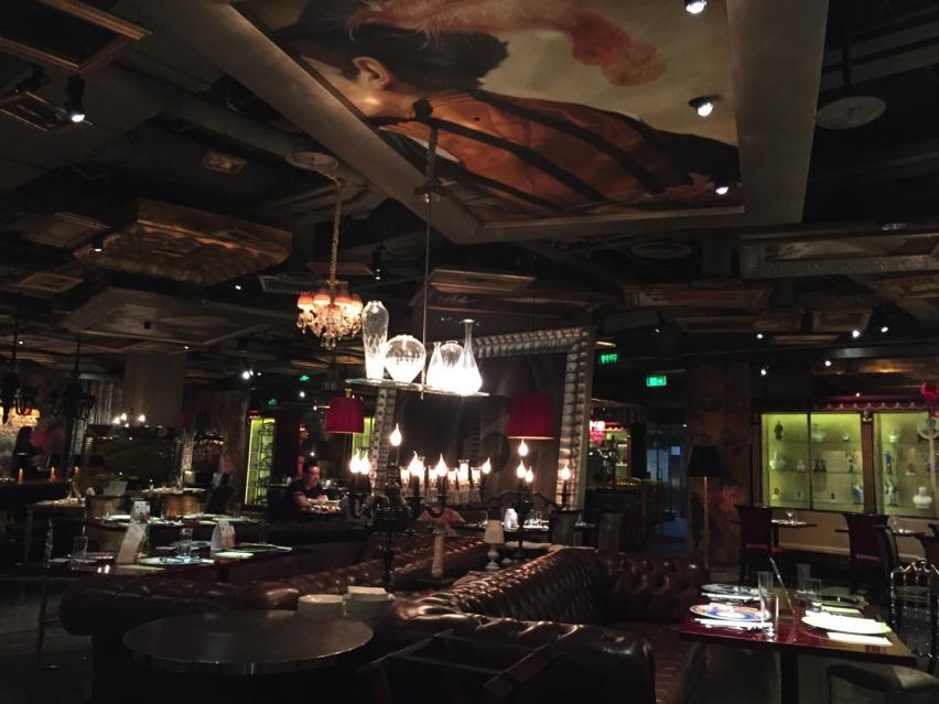 Laura Cosoi LAN Restaurant-05