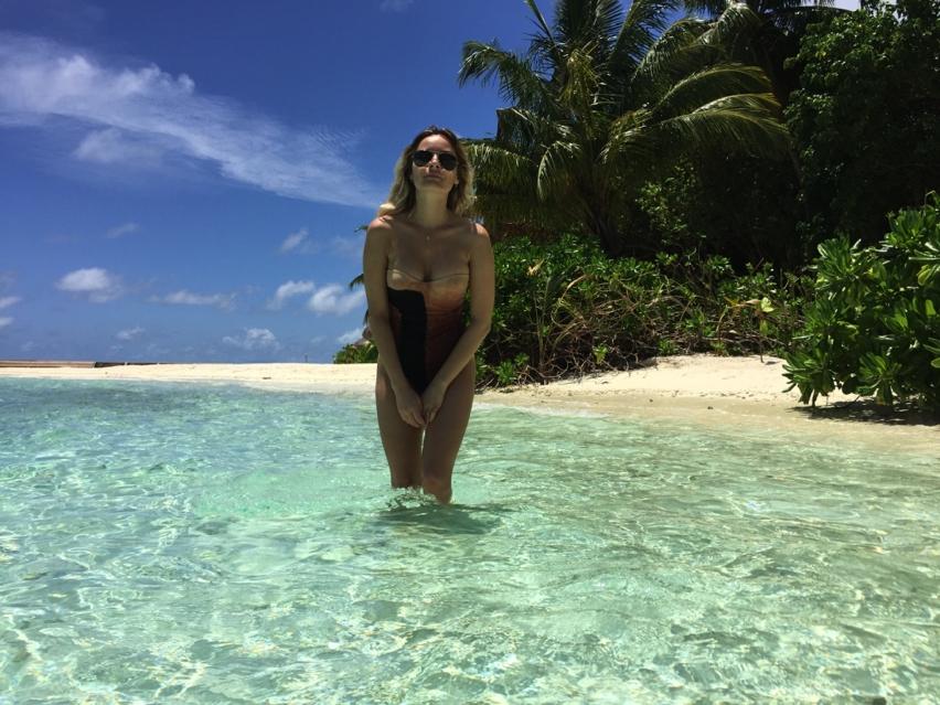 Laura Cosoi Maldive-90